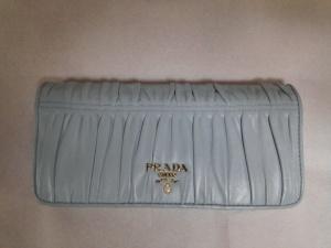 プラダ財布アフター