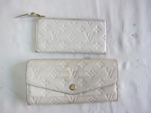 【ルイ・ヴィトン】汚れが目立ってきた白い財布 クリーニング 染め直し