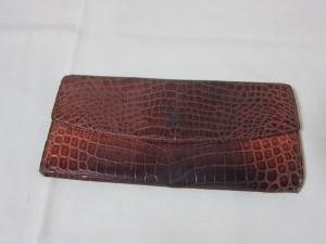 クロコダイルの長財布を修理・補修でキレイに! 福岡市城南区より。