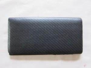【ダンヒル】dunhill 長財布の折り目の破れを修理。