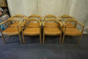 PPモブラー オーク材のスタンダードレザー椅子の修理で綺麗にしました。