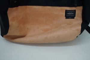 【福岡博多店】吉田カバン PORTER ヌメ革部分の汚れを染直しで綺麗にしました。