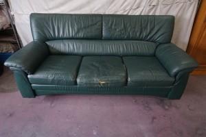 3掛けソファ 座面やぶれ・クリーニング・部分張替え修理・ウレタン交換・ソファ修理専門店にお任せください。