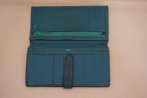 福岡市中央区赤坂から、【HERMES  Bearn】エルメス ベアンの財布の染直し修理です。