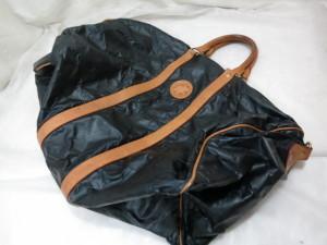 ハンティングワールド ボストンバッグのリメイク加工 合皮レザーで縫製した修理事例