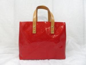 ルイヴィトン ヴェルニのバッグ 色移りなら染め直し後にエナメルコーティングで!汚れが付着していればクリーニングで綺麗に!広島店