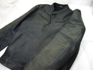 【DUCATI】バイクレザージャケット 色あせ色落ちの修理事例