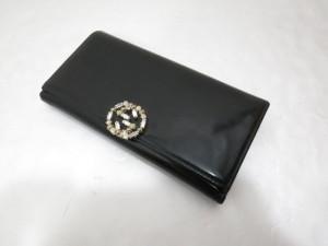 GUCCI グッチ エナメル長財布の表面を再コーティングした修理事例