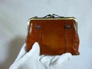 ダコタ 財布修理/鹿児島市よりホック(ボタン)劣化によるバネホックの交換修理の御依頼です。