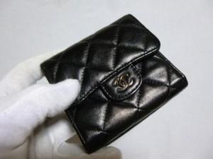 シャネル(マトラッセ)財布修理/鹿児島市より角スレ傷補修&色落ち補修&コーティング加工&ツヤ調整の御依頼分になります。
