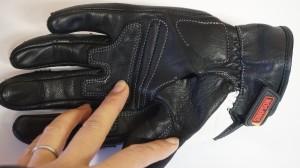【部分縫製】手袋 糸切れ ほつれ 数センチから部分縫製できます!