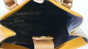 【ニナリッチ】ハンドバッグ ポロポロ剥がれる内袋 交換できます☆