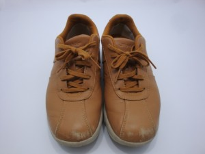 ブラウン 靴 つま先 擦れ 色落ち 修理