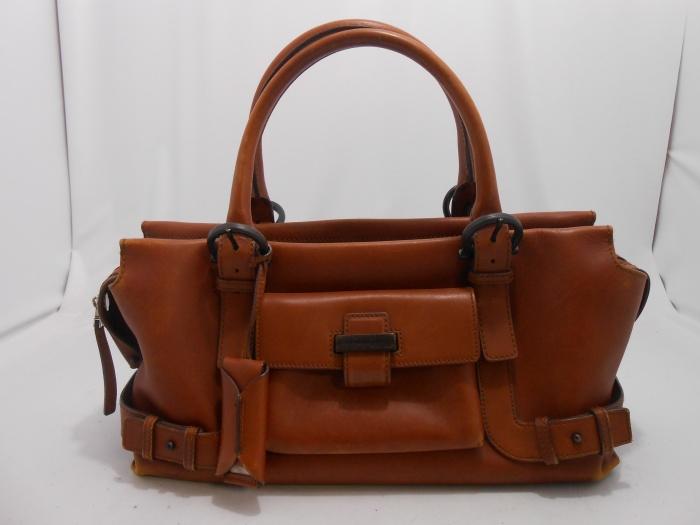 フェラガモハンドバッグの染め直し♪ ☆ご相談、お見積もりは無料でございます☆