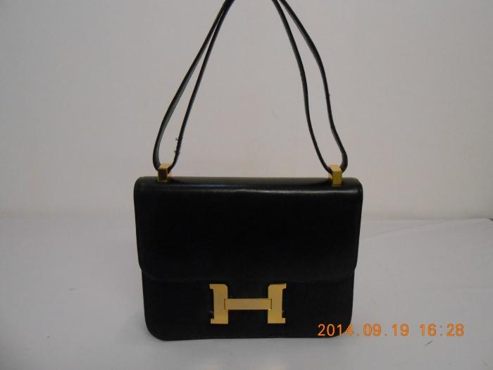 エルメスハンドバッグ内張り交換♪ ポケットの有無、素材のご指定などお客様のご希望に合わせて 作製させて頂きます!