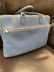 青いお鞄の全体染め直し