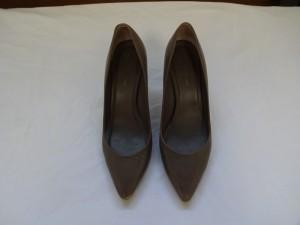 【靴修理】 ハイヒールの傷修理と染め直し