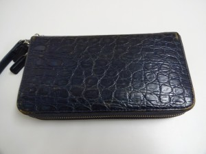 【財布の修理】COLE HAAN 財布のスレ、色落ち補修