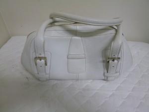【LOEWE】ロエベ バッグの汚れ・黄ばみの補修・修理