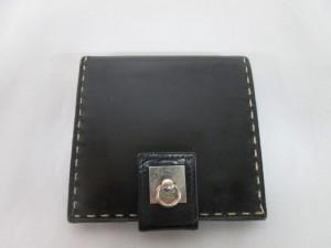 【CELINE】セリーヌ 「財布の艶が無くなったんですが・・・」のご依頼です。