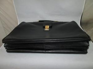 ドイツ出張で購入された【GOLDPFEIL】ゴールドファイル ビジネスバッグ 内袋交換のご依頼です。
