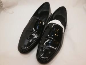 履きジワからのひび割れ!エナメル靴修理は革研究所でお受けいたします!