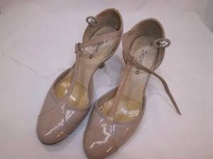 【エナメル靴】隣の靴の色が移った!エナメル修理・修復・色替えも対応できるお店 革研究所!