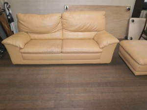【ナツッジ】ソファー背もたれウレタン補充・座面ひび割れ修理・オットマンクリーニング