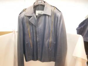 ジャケットやコートの色落ち・色褪せ・色抜け修理は、革研究所!冬物はオフシーズンの今のうちにご依頼を!