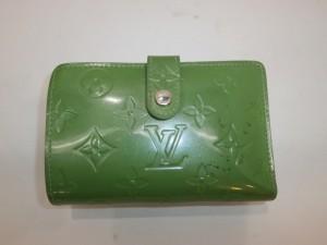 エナメル(パテントレザー)財布を新品!買う?直す?変色・黒ずみを修理して心機一転の提案