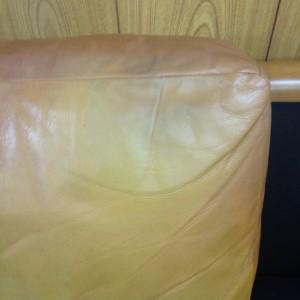 22 表参道 ソファー、鞄、バッグ、修理、張替、黒ずみ汚れ、クリーニング、色移り、すれ傷  ベージュ 革張り