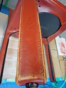 2 カッシーナ 椅子 脚 革 色落ち 補修 カラーリング 染め直し