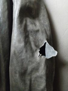ジョルジオブラットの腕部分破れ修理