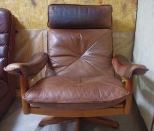 家具 レザーチェア 黒ズミ 色染め直し 修理