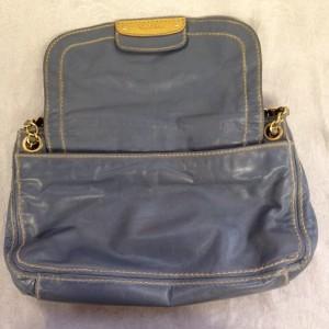 プラダ ショルダー グレー A3 ソファー、鞄、バッグ、修理、張替、黒ずみ汚れ、クリーニング、色移り、擦り傷、染め直し