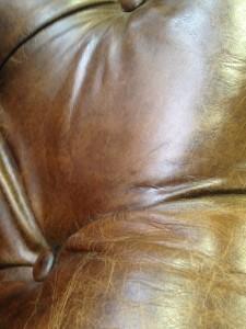 新宿 ソファー、鞄、バッグ、修理、張替、黒ずみ汚れ、クリーニング、色移り、すれ傷  ブラウン 22
