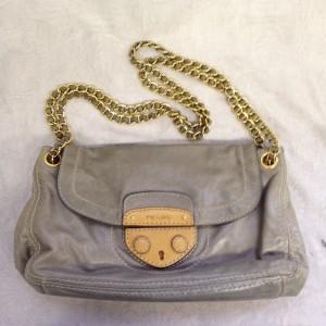 プラダ ショルダー グレー B1 ソファー、鞄、バッグ、修理、張替、黒ずみ汚れ、クリーニング、色移り、擦り傷、染め直し