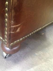 新宿 ソファー、鞄、バッグ、修理、張替、黒ずみ汚れ、クリーニング、色移り、すれ傷  ブラウン 13