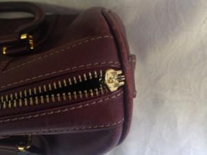 ファスナー B2 ソファー、鞄、バッグ、修理、張替、黒ずみ汚れ、クリーニング、色移り、擦り傷、染め直し