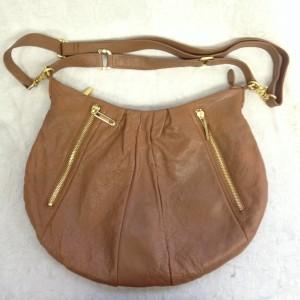 茶色 使用感 A3 ソファー、鞄、バッグ、修理、張替、黒ずみ汚れ、クリーニング、色移り、擦り傷、染め直し