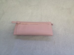 新宿 財布 鞄、バッグ、修理、張替、黒ずみ汚れ、クリーニング、色移り、すれ傷  ピンク プラダ 21